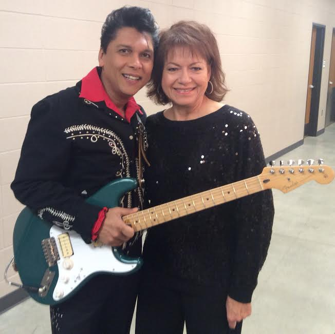 is ritchie valens mother still alive